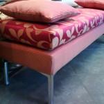 Panca fondo letto moderna con imbottiti in tessuti coordinati