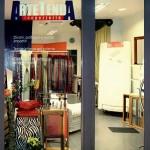 Vetrina del negozio-laboratorio Arte Tenda Tappezzeria
